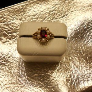 Avon Ruby Red Victorian Ring